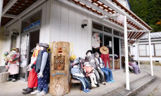 """法国小哥Theveny Benoit在日本的新发现--""""稻草人之村""""名顷Nagoro Doll Village"""