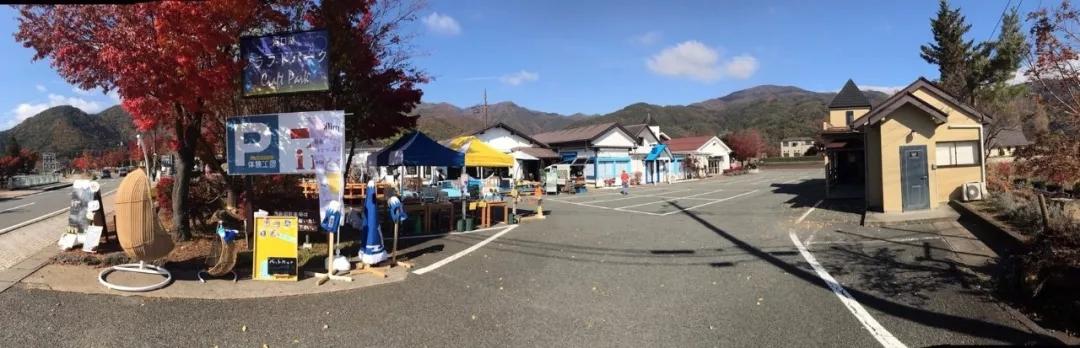 去河口湖除了看富士山,还可以体验精美的工艺品制作哦!