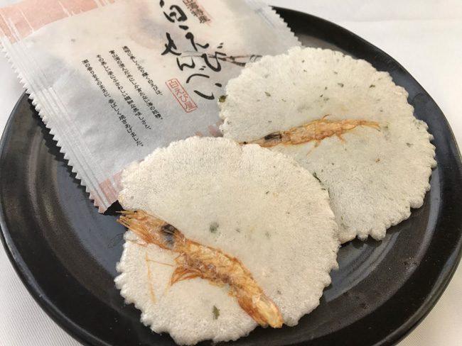 富山县的白虾和白虾煎饼