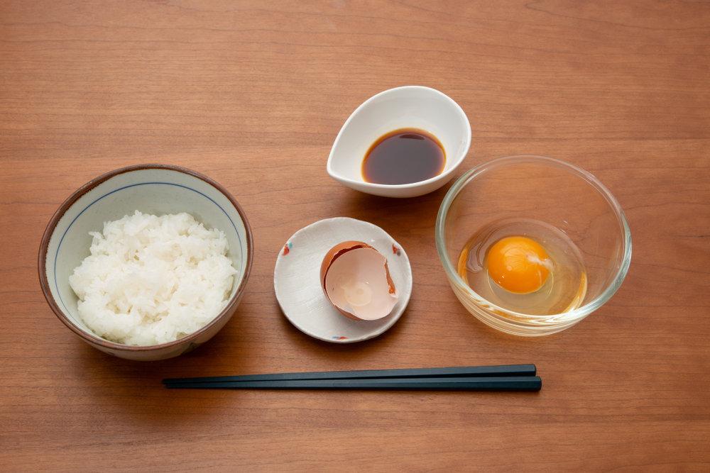 日本人为什么喜欢吃生鸡蛋?日本的鸡蛋有没有细菌呢?中国的鸡蛋可以生吃吗?